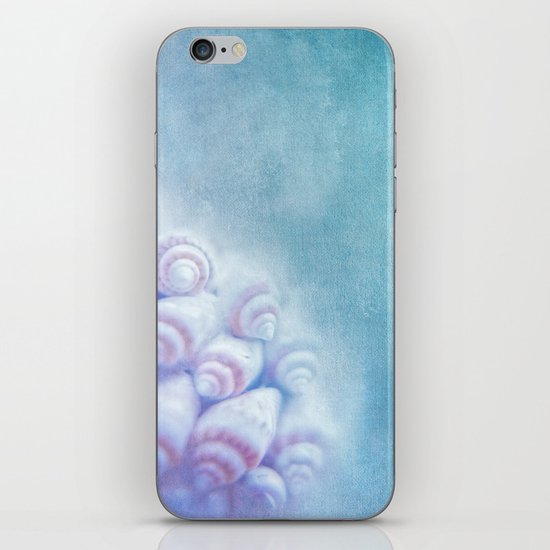 BELLA BLEU - Still life with sea shells iPhone & iPod Skin