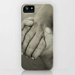 manos trabajadoras iPhone Case