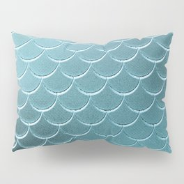 Minimalist Fish Scale Pattern in Iridescent Blue-Green 14 Pillow Sham