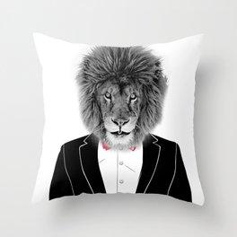 Lion Style Throw Pillow