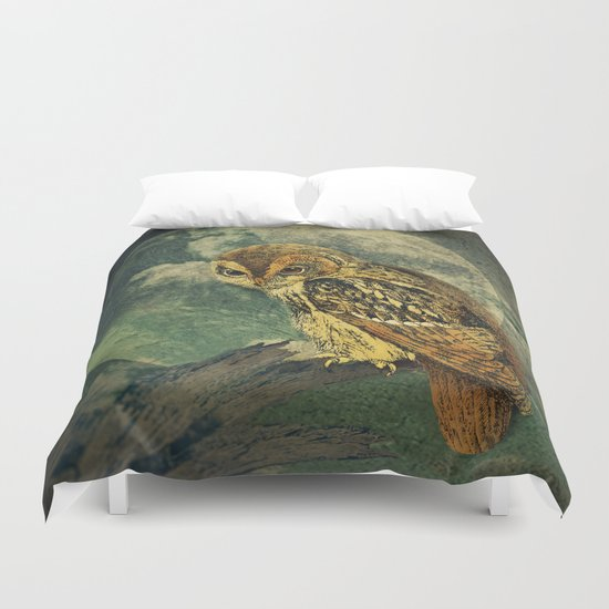 She Waits Duvet Cover
