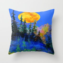 FULL MOON OVER BLUE MOUNTAIN FOREST DESIGN Throw Pillow