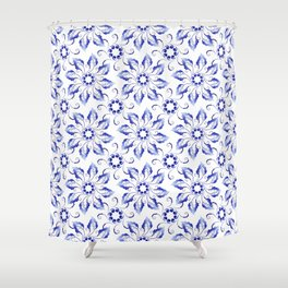 Pattern of wreaths of blue leaves Shower Curtain
