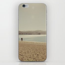 Wellington beach romance iPhone Skin
