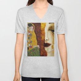Gustav Klimt: The Kiss & Freya's Tears golden-red flower anemone college portrait painting Unisex V-Neck