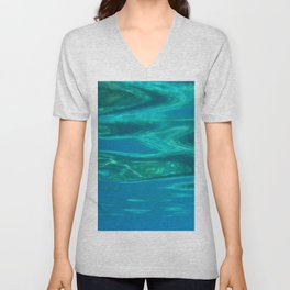 Below the surface - underwater picture - Water design Unisex V-Neck