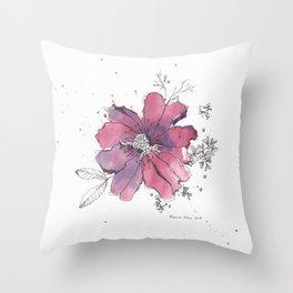 flor morada Throw Pillow