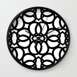 LETTERNS - Q - Arial Wall Clock