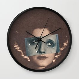 Doloroso Wall Clock