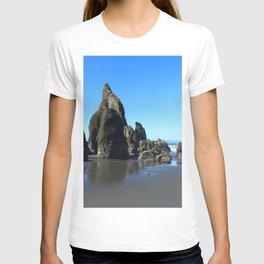 Sea Stacks Of Ruby Beach T-shirt