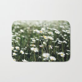 White Summer Daisies Flowers Bath Mat