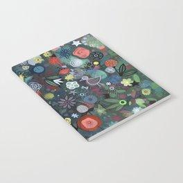 carré fleuri imaginaire 1 Notebook