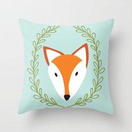 f o x Throw Pillow