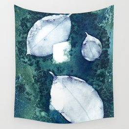3 Leaves Wall Tapestry