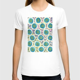 Four Directions beneath Circles Pattern T-shirt