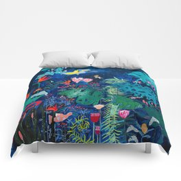 Brightly Rainbow Tropical Jungle Mural with Birds and Tiny Big Cats Comforters