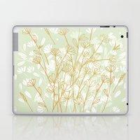 Coockie brown clover on green  Laptop & iPad Skin
