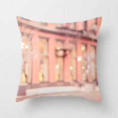 New York is a dream Throw Pillow