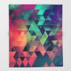 nyyt tryp Throw Blanket