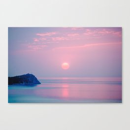 Calm sunrise Canvas Print