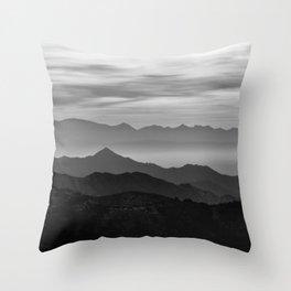 Mountains mist. BN Throw Pillow