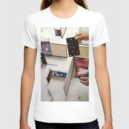 Putting the Universe in place T-shirt