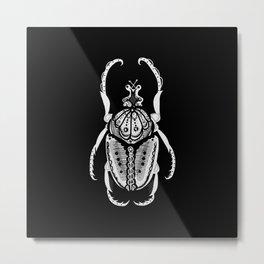 Noche Siesta Beetle Metal Print