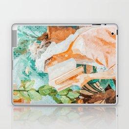 Turkish Reader Laptop & iPad Skin