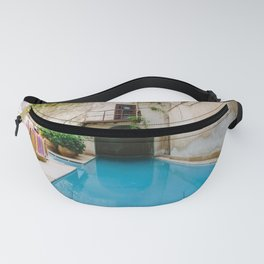 SWIMMING POOL PHOTO IN THE MORNING Fanny Pack