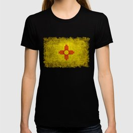 Flag of New Mexico - vintage retro style T-shirt