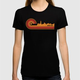 Retro Style Jersey City New Jersey Skyline T-shirt
