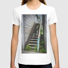 Rickety Stairs, False Front Building, Kathryn, North Dakota T-shirt