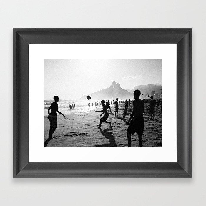 Beach Soccer at Ipanema Gerahmter Kunstdruck