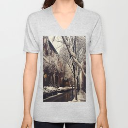 Photo of the beautiful Brooklyn Heights covered in icy snow Unisex V-Neck