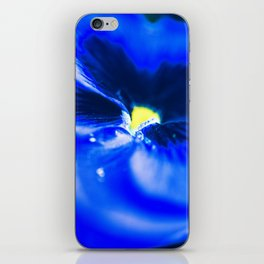 Viola iPhone Skin
