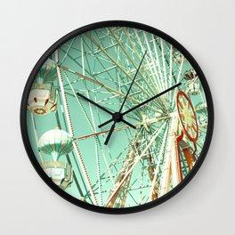 Gira Gira Gira, Ferris Wheel Wall Clock
