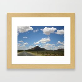 Roadtrip North Framed Art Print