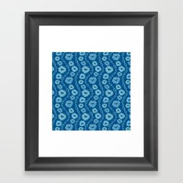 Wavy Toothy Flowers > Blue Framed Art Print