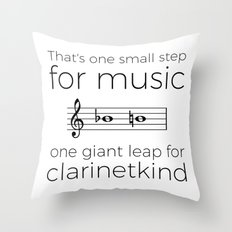Crossing the break (clarinet) Throw Pillow