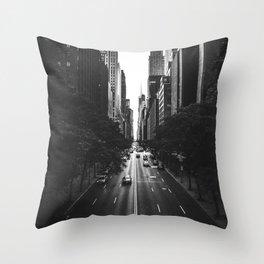 New York City (Black and White) Throw Pillow
