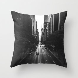 New York City (Black and White) Throw Pillow