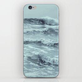 CR(w)AVE iPhone Skin