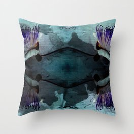 caper lily turq Throw Pillow
