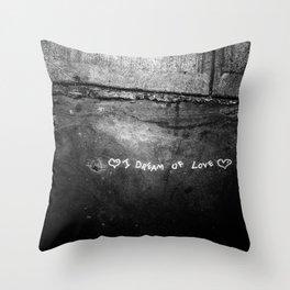 New York City I Dream of Love Throw Pillow