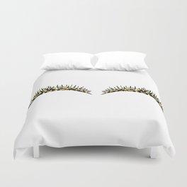 Golden dazzle lashes Duvet Cover