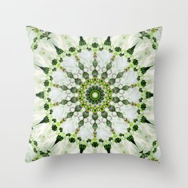 Castle spoke pattern Throw Pillow