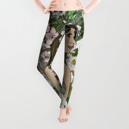 She Surrounded Herself With Flowers Leggings