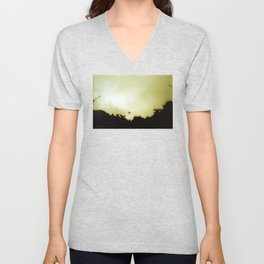 Basilika Sagrada Familia – Barcelona – with one Dove Unisex V-Neck