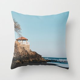 playa los mangos Throw Pillow