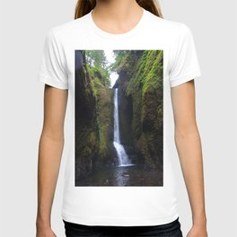 Lower Oneonta Falls, Oneonta Gorge, Oregon T-shirt